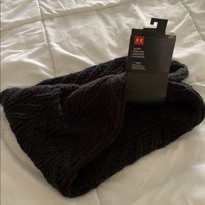 Underarmour knit black chunky infinity scarf